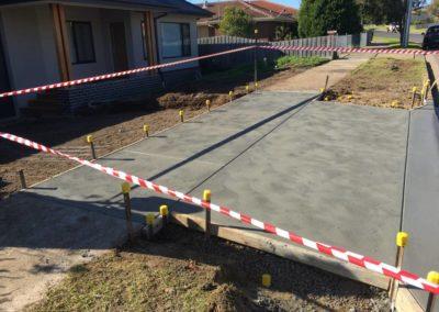 concrete-driveway-entrance-geelong